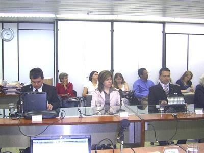 grupo de trabalho, Edvaldo, Thays e Carlos